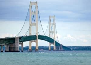 mackinaw-city bridge