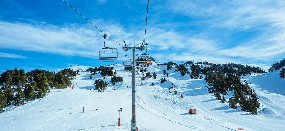 Downhill Skiing and Snowboarding in Michigan's Lower Peninsula